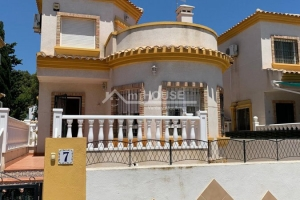 Detached House - Short time - Guardamar - Urbanization